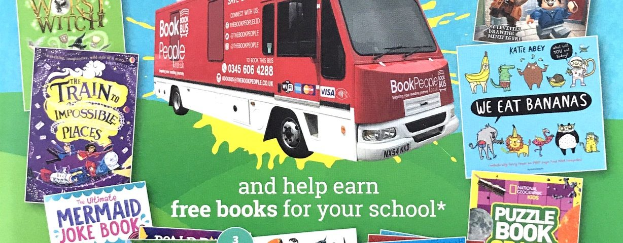 The Book People Bus Visiting Lord Blyton – Lord Blyton
